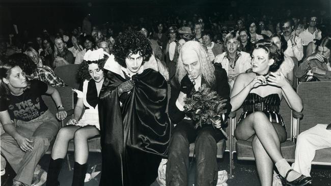 la-et-images-from-rock-horror-picture-show-201-003